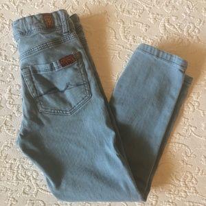 7FAM l Paxtyn Jeans